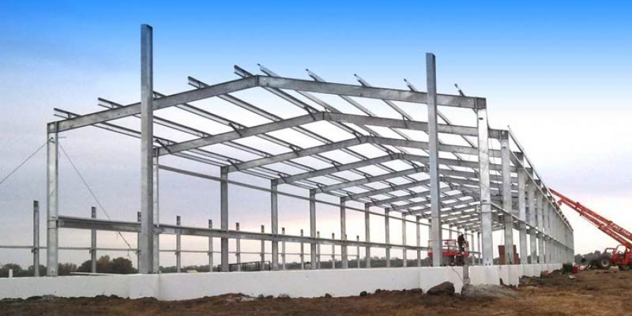Advantages of steel buildings over brick mytechbits for What contractors are needed to build a house